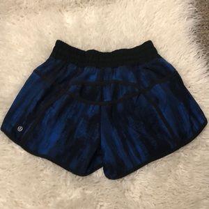 Lululemon Tracker Shorts Blue/Black Size 6